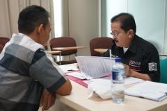 peserta pelatihan sedang melakukan proses wawancara oleh Lembaga Sertifikasi Profesi Tenaga Teknik Indonesia (LSP-TTI)