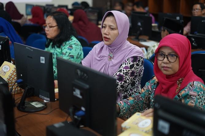Peserta pelatihan e-learning