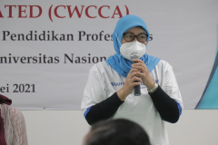 Penutupan kegiatan oleh Dekan FIKES Unas, Dr. Retno Widoawati, M.Si.
