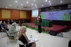 Pembukaan tes psikotes oleh Komisaris PT. Solutiva Consulting Indonesia, Harmein Pane, S. Kom.