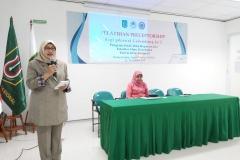 Sambutan (Dr. Retno Widowati, M.Si.) Dekan Fikes UNAS