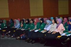 Para peserta seminar pelatihan kebidanan