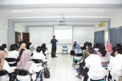 pelatihan volunteer oleh trainer