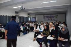 pelatihan volunteer di UNAS