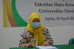Sambutan Dekan FIKES dalam pembukaan kegiatan, Dr. Retno Widowati, M.Si.