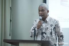 Sambutan oleh salah satu penulis buku Sistem Demokrasi Pancasila  Dr. TB. Massa Djafar  pada acara Peluncuran Buku Sistem Demokrasi Pancasila di Ruang Seminar Menara 1 Unas, Rabu (11/3)