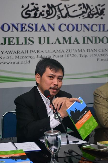 Dr. Fachruddin M. Mangunjaya, MSi, (Ketua Pusat Pengajian Islam Universitas Nasional)