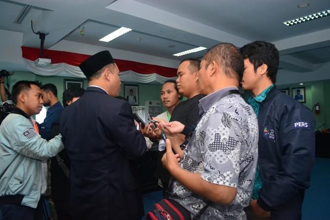 wawancara dengan media