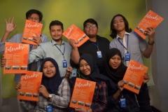 Foto Bersama mahasiswa Ilmu Komunikasi dengan Majalah Interaksi (1)