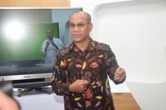 Rektor Universitas Nasional El Amry Bermawi Putra M.A menjelaskan tentang Hybrid Learning