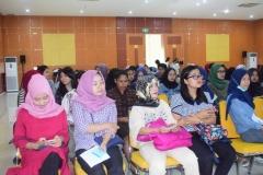 Para peserta imunisasi suntik difteri