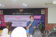 Pemberian Imunisasi (ORI) Difteri di Universitas Nasional (4)