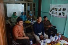 (Kiri-Kanan) CEO Bank Mahasiswa Indonesia Rizki Adam, Kepala UPT Wirausaha Mandiri UNAS Drs. Suadi Sapta Putra, M.Si., M.Si.M, Ketua RW 06 Jati Padang Arief Syarifudin (1)