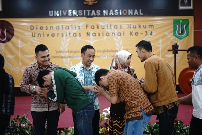 Halal bihalal pimpinan, dosen, dan mahasiswa fakultas hukum