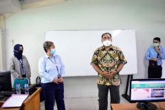 Pembukaan kegiatan oleh pengurus Tax Center Unas, Erwin Indriyanto, SE., M.Si., Ak. di Laboratorium Komputer FEB Unas Selasar Lantai IV.