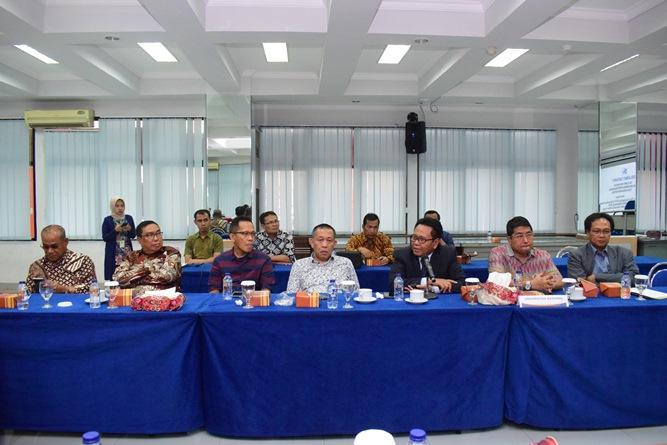 Segenap Pimpinan Universitas Nasional (1)