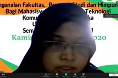 Ketua Program Studi Informatika, Nur Hayati, S.Si., M.Kom., sedang memberikan paparannya dalam kegiatan
