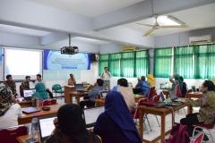 Pengenalan Pengutipan Dalam Penelitian Dosen Fakultas Bahasa & Sastra UNAS (4)