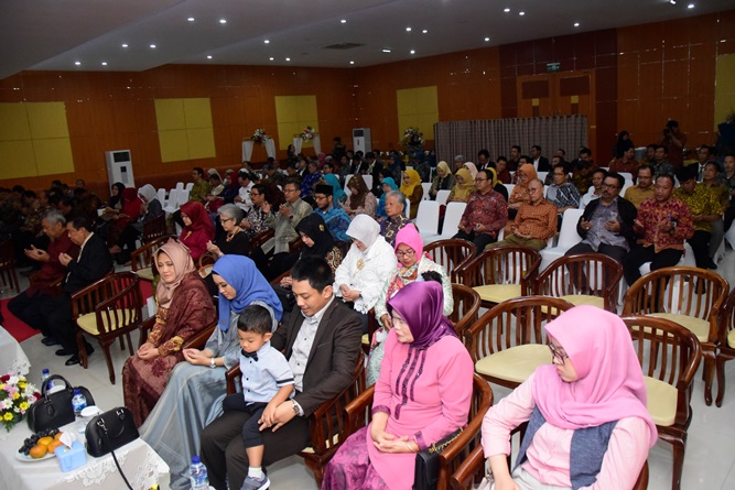 Para tamu undangan yang menghadiri pengukuhan Prof. Dr. Eko Sugiyanto, M.Si. sebagai guru besar di Auditorium UNAS, Jakarta 30 Maret 2019