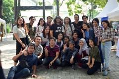 keseruan mahasiswa yang sedang merayakan penutupan dies natalis fakultas hukum
