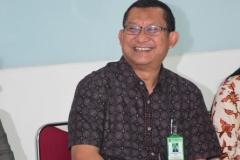 Dekan Fak Ekonomi Dr. Suryono Efendi dalam acara penyambutan mahasiswa China
