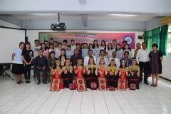 sesi foto bersama dalam acara penyambutan mahasiswa dari Guangxi