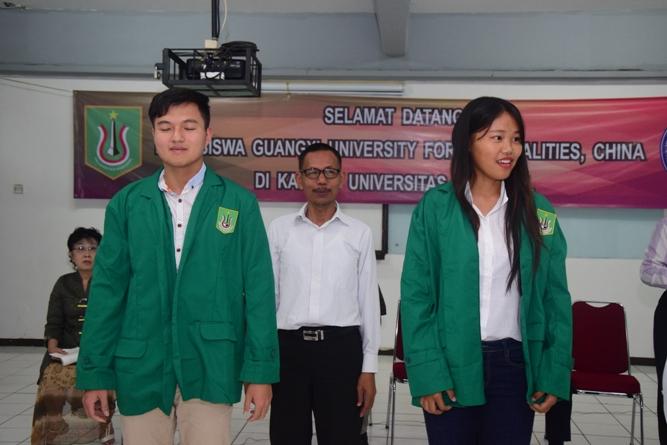 perwakilan dari Guangxi dalam acara penyambutan mahasiswa China