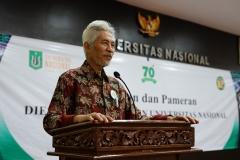 Guru Besar Universitas Nasional Prof. Dr. Drs. Endang Sukara, APU