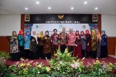 Foto bersama seluruh dosen UNAS dilingkungan Fakultas Biologi