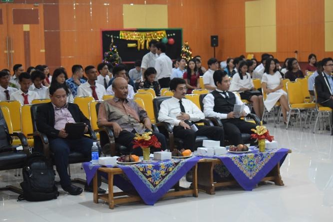 para peserta perayaan natal po unas