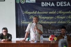 Ir. Inkorena G.S. Sukartono, M.Agr (Dekan Fakultas Pertanian) Sedang memberikan sambutan