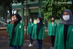 Mahasiswa berbaris sebelum melakukan upacara pembukaan kegiatan PKKM pada Jumat (6/11) di Rindam Jaya