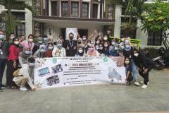 Peserta Desa Binaan 2021 pada hari ketiga dalam kegiatan outing di Museum Batik Pekalongan
