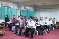 Para peserta yang mengikuti kegiatan Pendidikan Khusus Profesi Advokat (PKPA) di Universitas Nasional, pada Senin, 02 Desember 2020