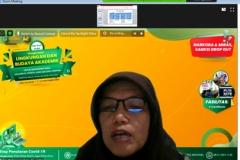 Ketua Program Studi Manajemen Dr. Rahayu Lestari, S.E., M.M. saat memberikan materi tentang akademik dalam kegiatan Pengenalan Lingkungan dan Budaya Akademik (PLBA) via online pada Kamis, (17/9)
