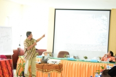 Chairul Saleh saat presentasi
