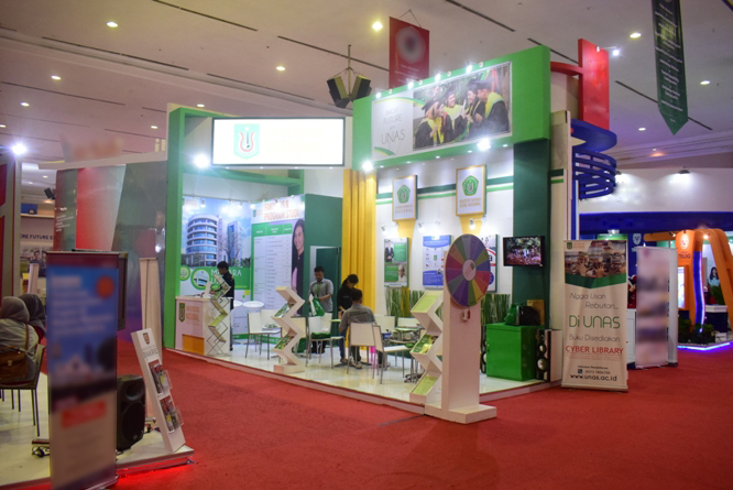 5_Stand Universitas Nasional dalam Acara Education And Training Expo 2017