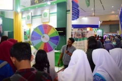 4_Games Seru Stand UNAS Diserbu Pengunjung Education And Training Expo 2017