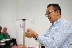 Instruktur Preceptorship dan Comprehensive Emergency Midwifery Training (CEMT)