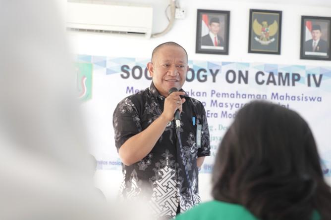 Dosen Prodi Sosiologi-Pembicara (Kamaruddin Salim, S.Sos, M.Si) 2