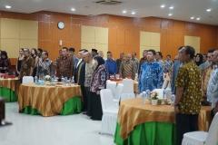 Saat menyanyikan lagu indonesia raya dan mars unas (3)