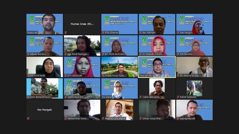 Para peserta yang turut serta dalam webinar