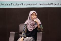 Moderator  Evi Jovita S.Hum., M.A.