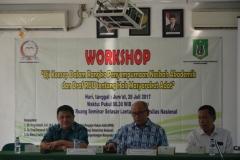 dari kiri( Dr. zulmasyur, Johnson K. rajagukguk, Drs Dr. Zainul Djumadin)