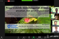 """Presentasi materi oleh Botanist & CEO Yayasan Generasi Biologi Indonesia Heri Santoso dalam webinar Diskusi Konservasi dengan tema """"Mencintai dan Melindungi Puspa & Satwa Sebagai Bagian dari Kita"""" pada Sabtu (7/11)"""