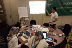 Rapat Kerja Fakultas Kesehatan 3