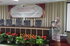 Ketua Pelaksana RAKER Tahunan Fakultas Bahasa dan Sastra, Kurnia Rachmawati, S.S., M.A pada hari Jumat-Sabtu, 19-20 Maret 2021 bertempat di Menara UNAS, Ragunan
