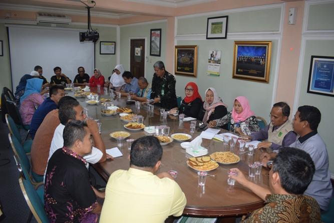 Rapat Pimpinan UNAS dengan Warga Sekitar (4)