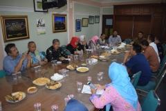 Rapat Pimpinan UNAS dengan Warga Sekitar (2)