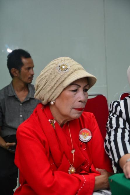 Ratu kokoda (Hj. DR. Rustuty Rumagesan, MBA)